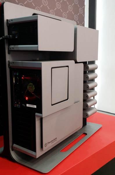 Вертикальный остов корпуса Thermaltake Level 10 служит радиатором для отвода тепла от компонентов системы