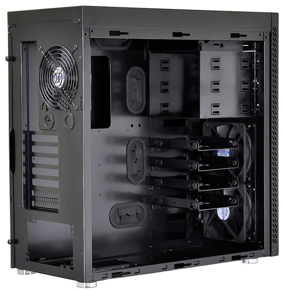 Общей особенностью PC-B16 и PC-A61 является наличие шести кронштейнов для накопителей