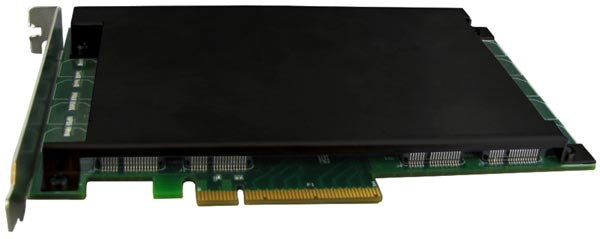 Scorpion Deluxe PCIe SSD выпускаются объемом 240, 480, 960 и 1920 ГБ