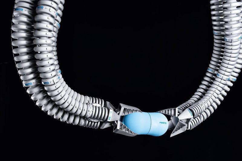 Немецкая компания разрабатывает самообучающиеся манипуляторы а ля «Doc Ock»