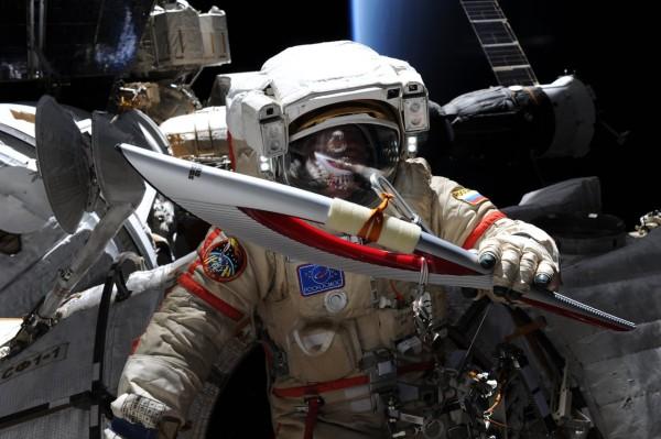 Необычные предметы, побывавшие в космосе