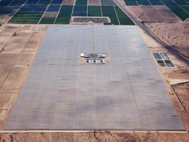 Новая 280 мегаваттная «солнечная» электростанция может работать в течение 6 часов после заката