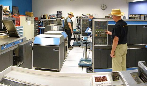Новая выставка в Музее Компьютерной Истории вернула к жизни 50 летние компьютеры IBM