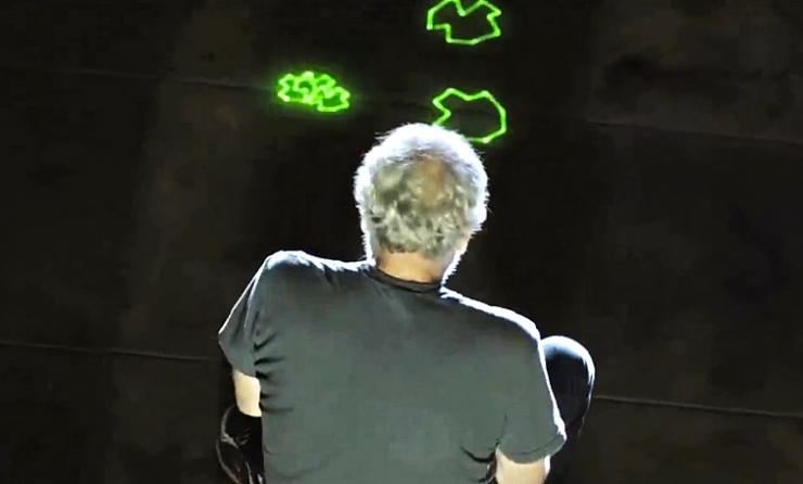 Новую систему игры в Human Asteroids испытал основатель Atari (видео)