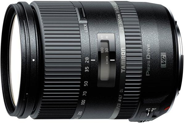 В комплект поставки объектива Tamron 28-300mm F/3.5-6.3 Di VC PZD (Model A010) включена лепестковая бленда