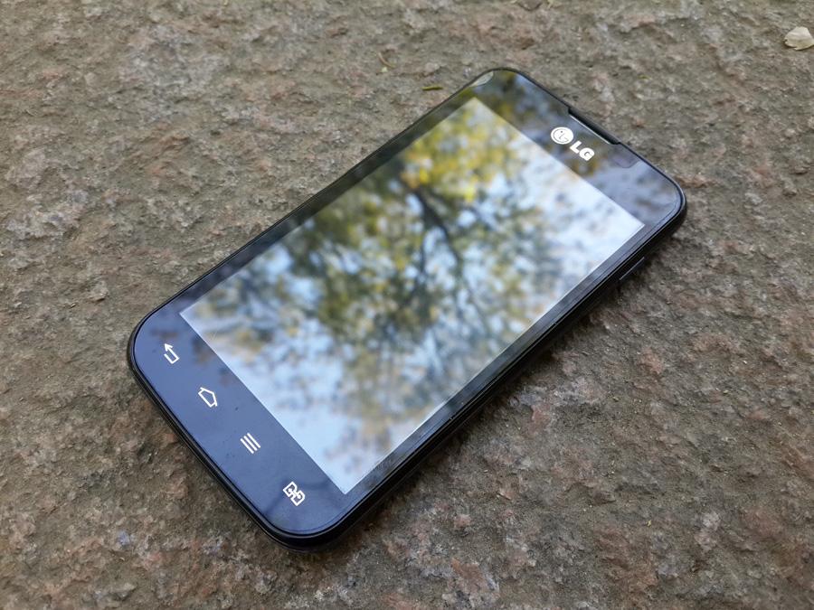 Обзор LG Optimus L5 II Dual: бюджетный смартфон с рядом странных особенностей