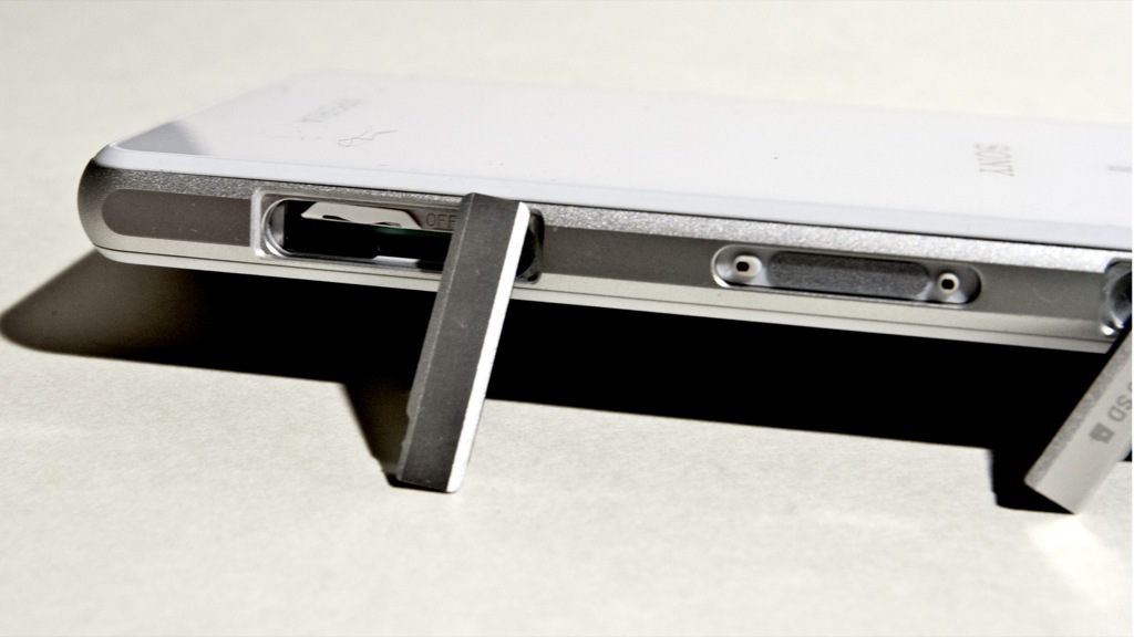 Обзор Xperia Z1 Compact