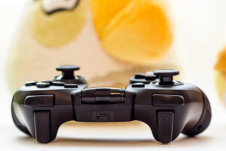 Обзор игрового контроллера MOGA Pro