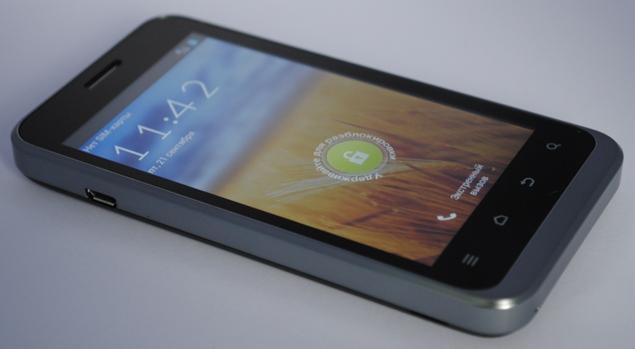 Обзор смартфона ZTE V880E