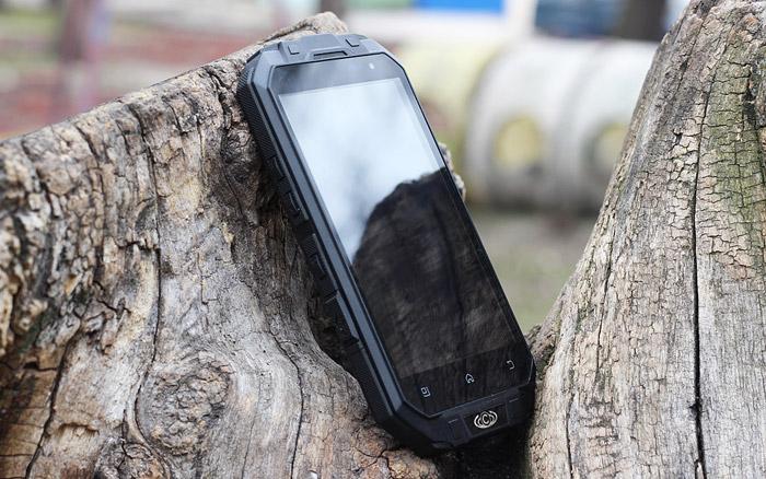 Knight XV защищенный смартфон