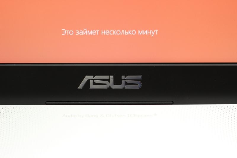 Первый взгляд на ноутбук с установленной Windows 8 от Asus