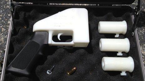 Пистолет «Освободитель»: 100 тысяч скачиваний за двое суток