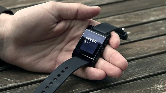 Почему стоит купить Pebble Watch