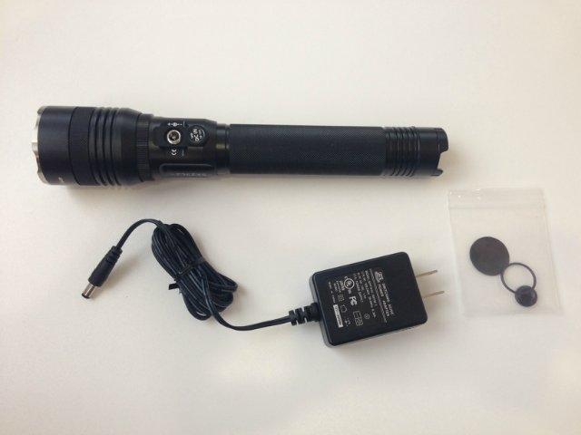 Полкилометровый фонарь с перезарядкой