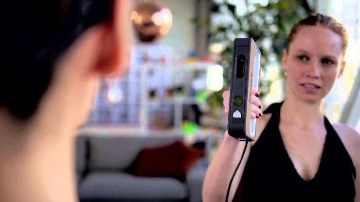 Портативный 3D сканер Sense 3D может «отсканировать» человека