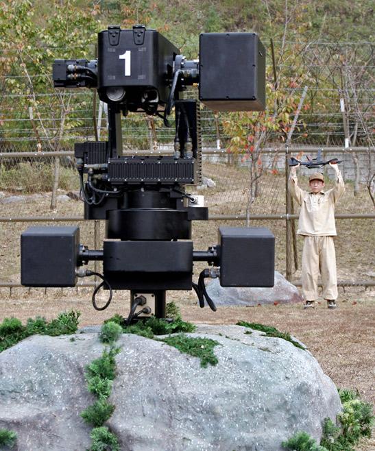Правозащитники призывают принять первый закон роботехники