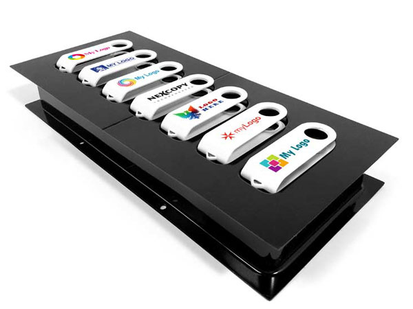 В принтере Nexcopy USB Clip Printer используется метод цветной струйной печати