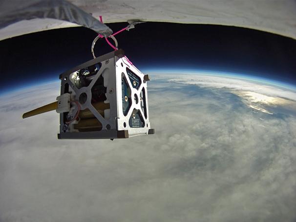 Смартфоны на Android будут управлять спутниками NASA