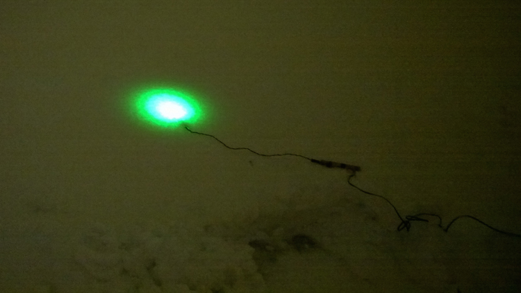 Светодиоды в снегу