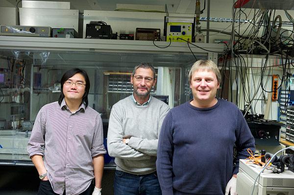 Ученые IBM впервые продемонстрировали квантовый феномен с использованием пластиковой пленки