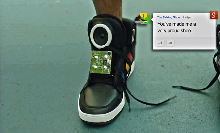 В Google разработали «умные» интерактивные кроссовки (+ видео)