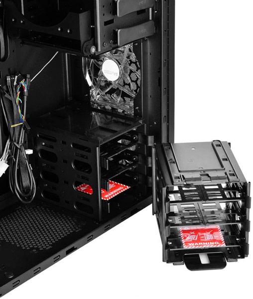 Запланирован выпуск корпусов DeepCool Pangu черного и белого цвета
