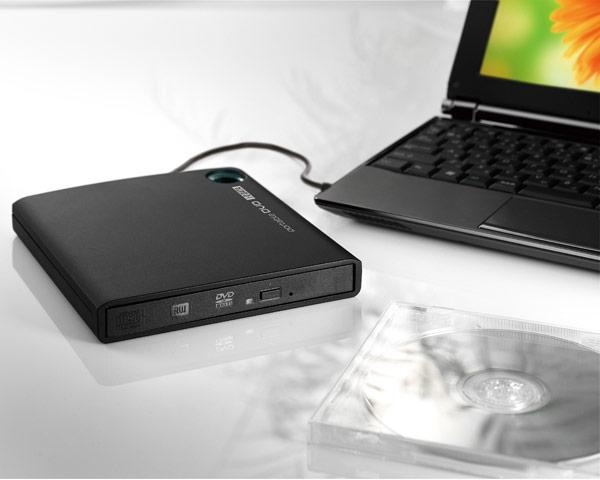 Внешний оптический привод I-O Data DVRP-U8H питается от порта USB