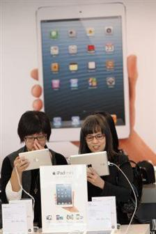 Sharp разрабатывает панели для планшетов iPad и iPad mini следующего поколения
