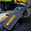 Защищённый смартфон Dewalt MD501 располагает ёмким аккумулятором и поддерживает беспроводную зарядку