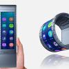 Первый коммерческий смартфон-браслет с экраном из графена компания Moxi Group поставит уже в этом году