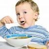 Ученые заявили, что дети должны есть только свежую пищу