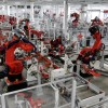 На предприятиях Foxconn установлено около 40 000 роботов