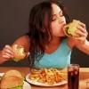 Ученые рассказали, почему люди срываются на диетах и как это предотвратить
