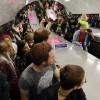 Если стоять на эскалаторе метро в два ряда, его пропускная способность увеличивается на 31%