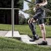 Экзоскелет автоматически приспосабливается к шагам ходока