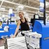 Роботы заменяют работников в магазинах, где вы делаете покупки