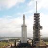 Видео дня: ракета-носитель Falcon Heavy на стартовой площадке