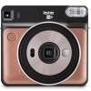 Fujifilm представляет свою первую квадратную аналоговую камеру Instax