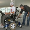 Новой инвалидной коляской можно управлять силой мысли