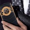 Смартфон 8848 M5 Titanium получил круглый дисплей на задней панели