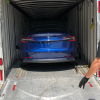 Tesla начала доставлять машины владельцам прямо с завода