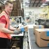 Amazon сдался и повысил зарплаты сотрудникам