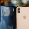 Продажи дорогих смартфонов в 2018 году выросли на 18%, тогда как индустрия в целом переживает спад
