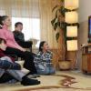 Россияне смотрят телевизор почти 4 часа в сутки, люди старше 54 лет — более 6 часов