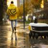 Доставка еды роботами стала доступна в жилых домах Москвы