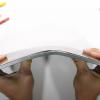 Новый iPad Pro наконец-то не лопается при попытке его согнуть. Планшет прошёл испытания блогера JerryRigEverything
