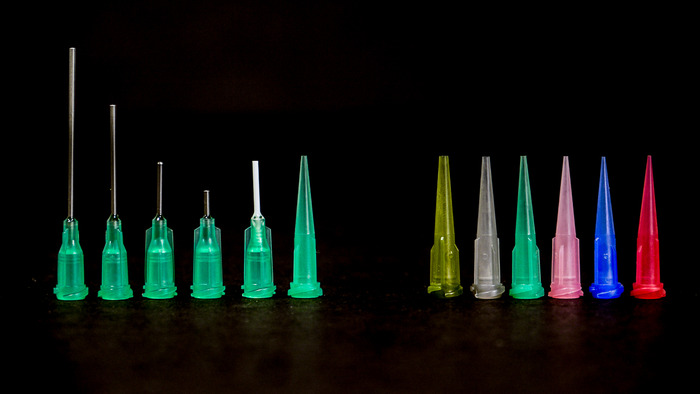 A wide variety of tip designs and diameters available to suit your paste printing needs