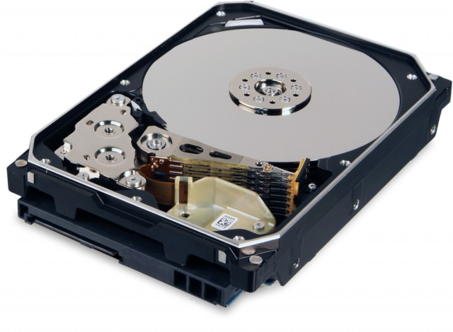 Western Digital выпустила первую в мире 10 терабайтную модель HDD с гелием вместо воздуха