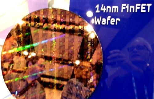 Samsung уже удалось заинтересовать 14-нанометровой технологией FinFET несколько заказчиков