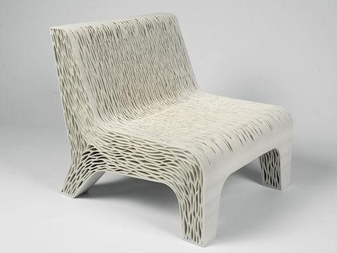 Голландский дизайнер разработала на 3D принтере кресло, принимающее форму человеческого тела